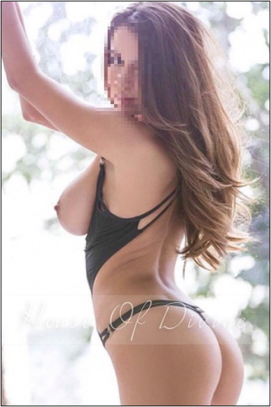 Veve at House Of Divine Escorts